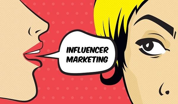 بازاریابی دهان به دهان از طریق اینفلوئنسر مارکتینگ